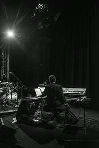The Keyboardist Before the Show