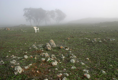 White chair near Blackett's Creek, Koorawatha  2004–44 x 63cm