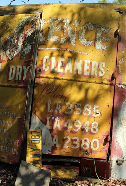 Drycleaning van, Koorawatha 2011–42 x 28cm