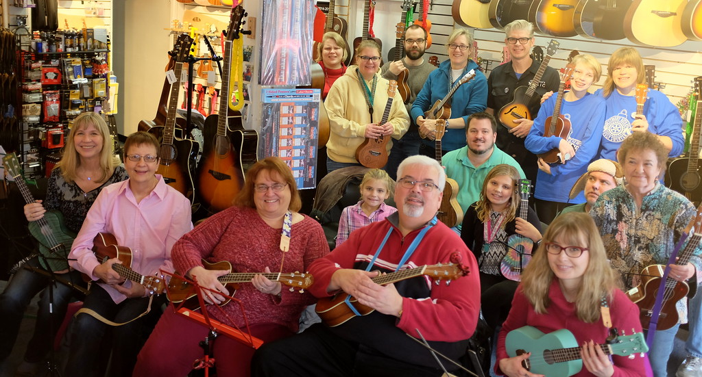 Holly Days Ukulele Circle November 26, 2016