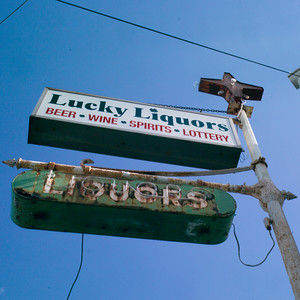 LuckyLiquors