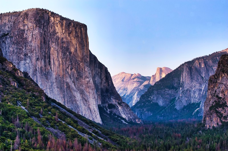 El Capitan and Half Dome, as seen from the iconic Tunnel View. Yosemite National Park