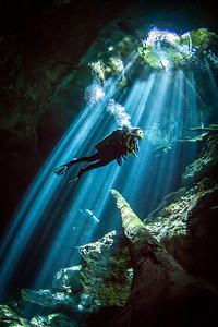 Cenote light