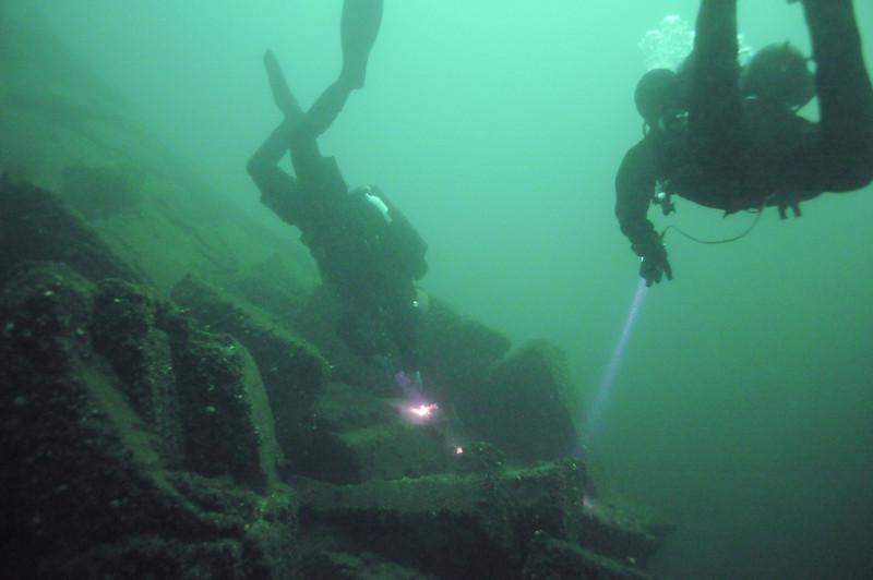 Exploring wreck, 1,000 Islands area in Ontario, Canada - September 2008