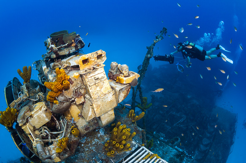 bluewater camera, Cayman Brac, diver(s), Little Cayman, M.V. Keith Tibbetts, Rusty Sanoian, scooter, wreck