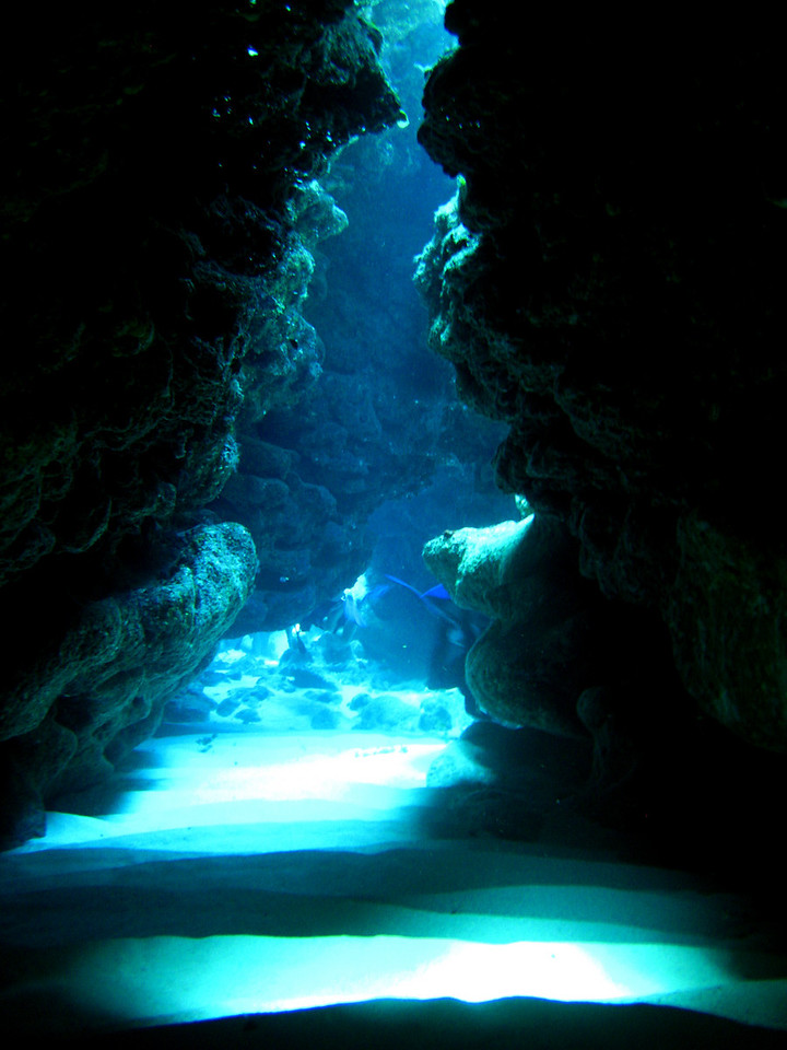 Swim-through tunnel, South Sound, Grand Cayman