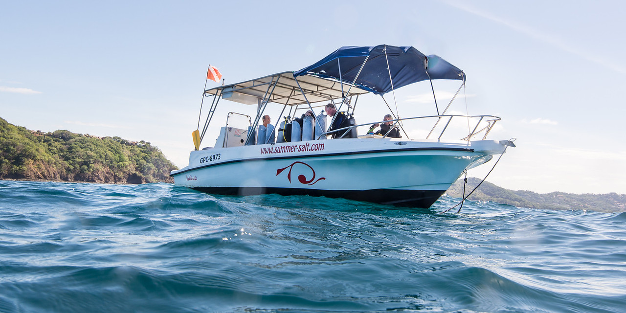 Summer Sale dive boat, Costa Rica - December 2014