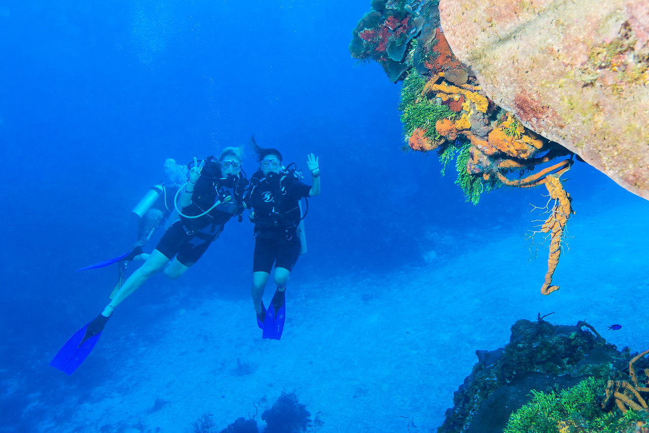 Leigh Koechner (left) and Renee Croce (right) at Palancar Bricks dive site - Cozumel, Mexico - March 2016