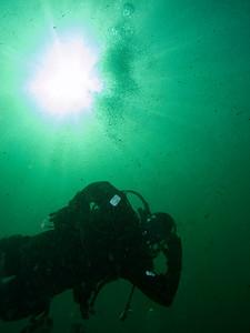 Diver Dan's a poser!