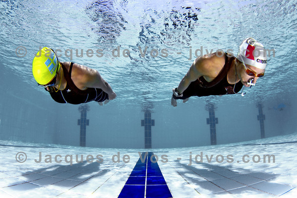 Glide<br /> <br /> Dynamic No Fins diving - Lotta Eriscon and Linda Paganelli<br /> <br /> Ikelite 7D Housing (8'' Dome Port)<br /> Ikelite DS-161 Strobes
