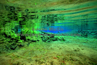 Silfra pool entryRN