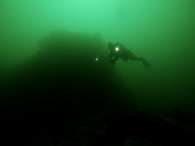 Roger Carlson 7/15 bow section of the wreck of the Avalon, Palos Verdes Olympus E330, 7-14mm lens, Olympus housing