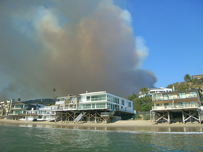 walt conklin Malibu Canyon Road Malibu fires burning strong 11-24-07 Sea & Sea DX8000-G (for sale) YS-25 Auto
