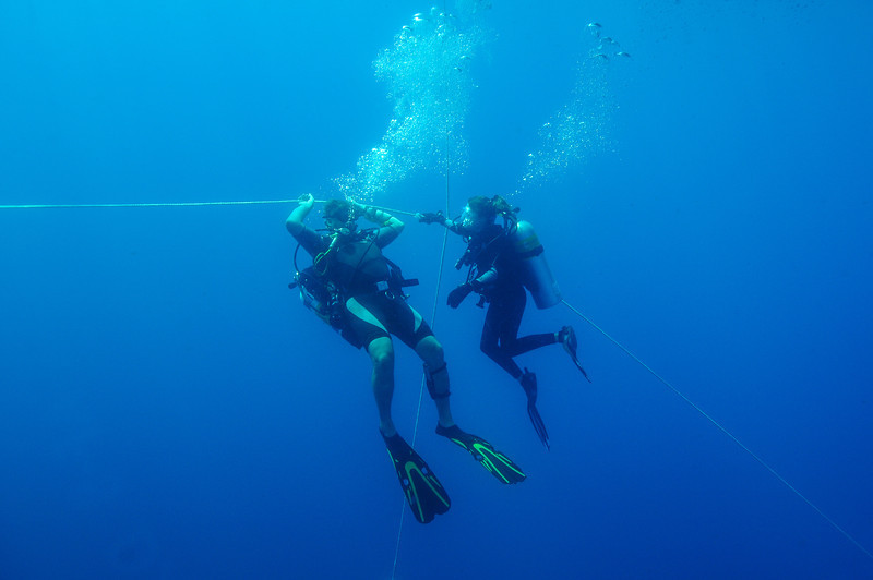 Dive leader, Dave Valaika and Lauren Halvorsen during safety stop off the coast of Moorehead City, NC - August 2008