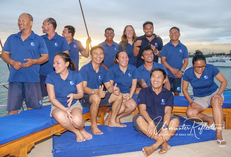 The fabulous crew of the Philippine Siren