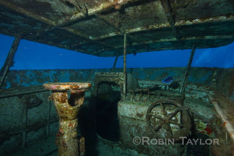 The view from the flying bridge has changed somewhat lately.  Port Nelson wreck.