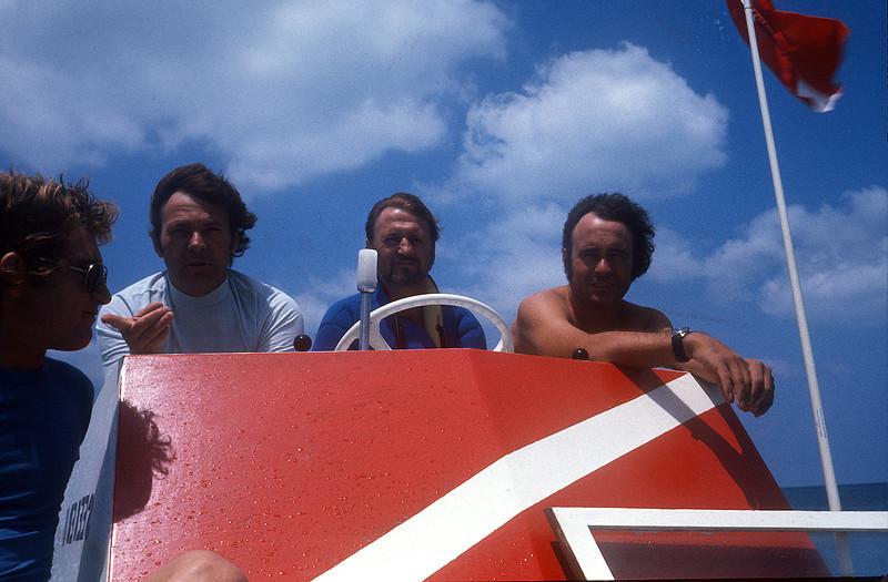 CAPT DAVE MCLEOD (Center) - Somerset Bridge, Bermuda; my first dive