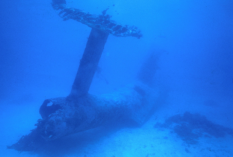 "Wreck of PBM ""Mariner""  flying boat on the bottom of Enewetak Atoll lagoon.<br /> January 26, 1981"