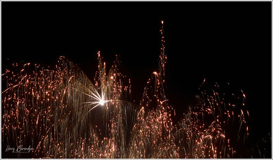 (unedited) Fireworks New Year's eve 2018-2019
