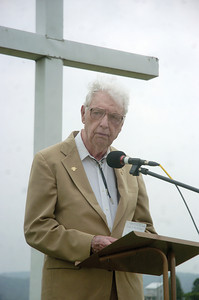 Joe Diblin speaks during the Memorial Day service at the Dry Valley Cemetary on Sunday.