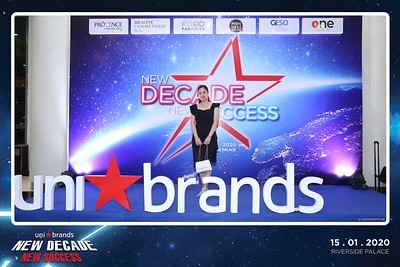 Unibrands-Year-End-Party-2019-instant-print-photo-booth-Chup-hinh-in-hinh-lay-lien-Su-kien-Tat-nien-TP-HCM-WefieBox-Photobooth-Vietnam-220