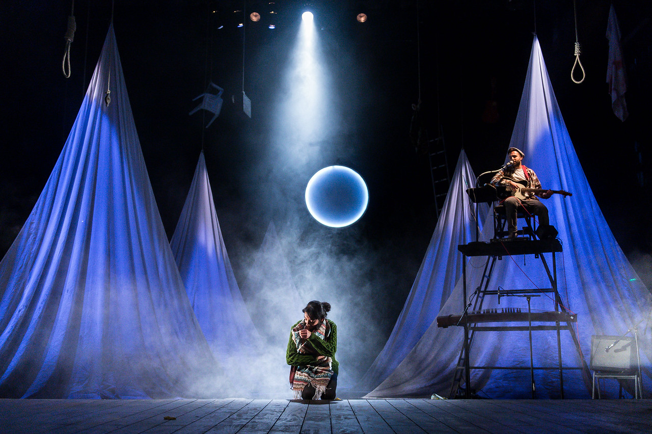 The Caucasian Chalk Circle at Unicorn Theatre Kiran Sonia Sawar and Dom Coyote  © Manuel Harlan