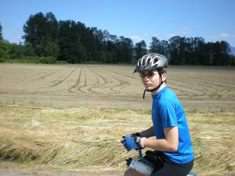 2008: another attempt at shooting photos while riding which could have turned out better.