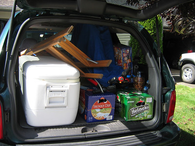Durango loaded for bear...lots of ice and refreshments for the team tent.