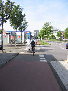 Sybren and Klaas heading for the ferry terminal.