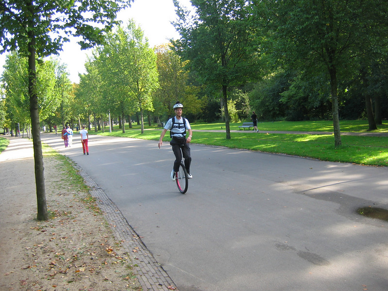 Klaas_Bil on his 29-er in Vondelpark.