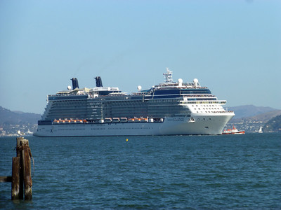 Cruise ship arriving
