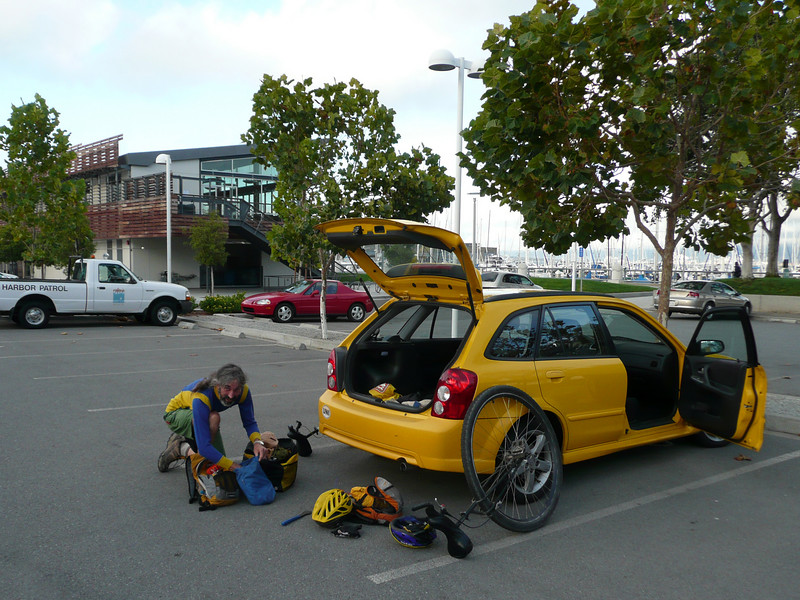 5:45pm at South Beach Marina, getting ready to ride over to Justin Herman Plaza, the start of the ride.