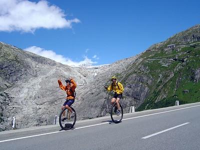 [KL] Descending Furka Pass.