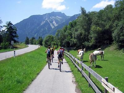 [JS] On a nice unicycle path, riding through Austria.