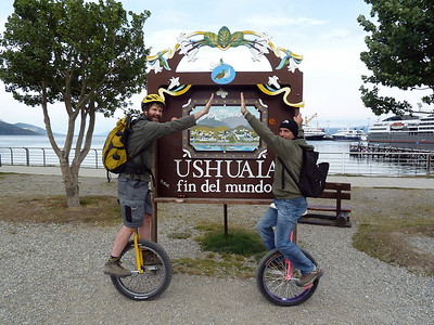 After 26km of riding, we're back at the 'End of the World' 2011-01-14 16:53:56 by Nathan Hoover