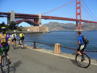 The group approaches the Golden Gate Bridge