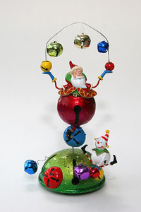 Metal music box, about 1' high; Santa rotates while music plays