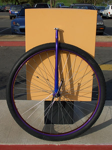 Zack Baldwin's color-changing paint job on the frame and rim of this Coker, which now belongs to Geoff Faraghan