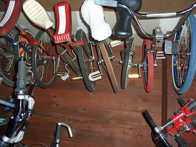 Stuff hanging in my garage: Columbia, Troxel, Hedstrom, Langenberg, Semcycle, Miyata handlebar uni, BC wheel
