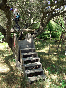 Corbin Dunn tries out Jess Riegel's backyard Trials course