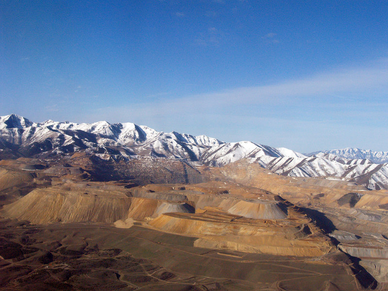 "<a href=""http://en.wikipedia.org/wiki/Kennecott_Copper_Mine"">Kennecott Copper Mine</a>, near Salt Lake City, from the air."
