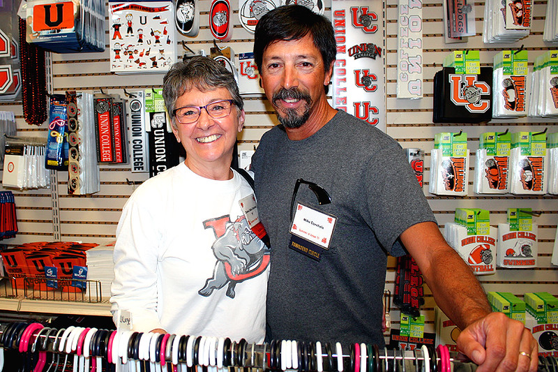 Donna and Mike at the college bookstore