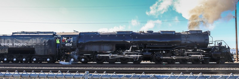 Best side view I got of the engine. Taken In Cheyenne yards while backing up.