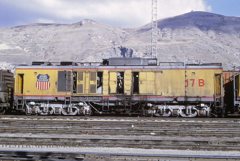 UP 502 - Nov 1 1969 - GTEL 17B turbine @ Salt Lake City UT by Jim Ozment