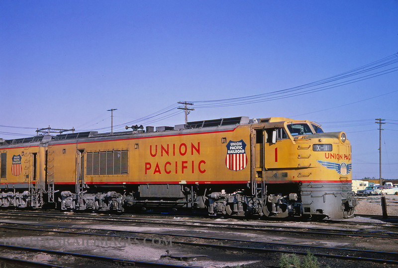 UP 332 - Jul 12 1964 - turbine loco 1 @ Cheyenne WY - by Jim Ozment