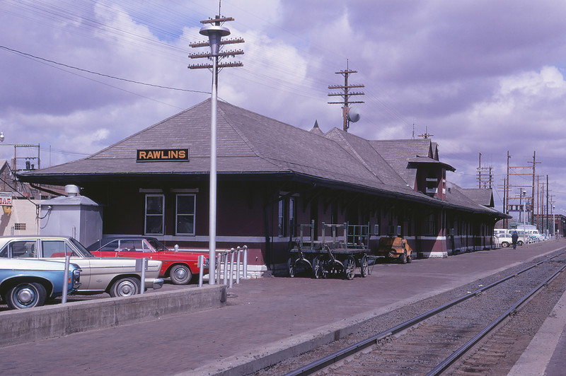 UPRR 569 - Apr 20 1972 - Depot at Rawlins WYO