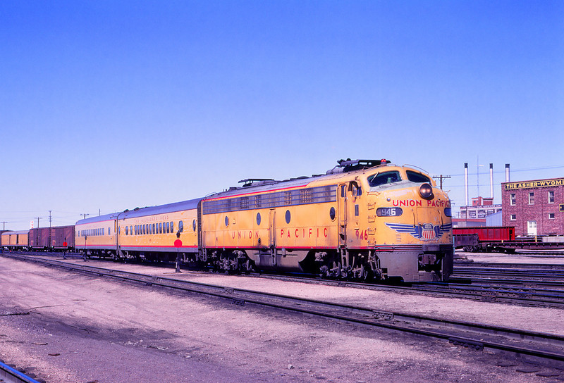 UPRR 521 - May 3 1970 - Train 9 @ Cheyenne WYO