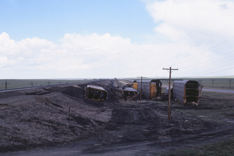 UPRR 618 - May 22 1979 - wreck west of Laramie WYO