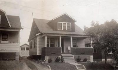 12 ALPINE AVE 1930