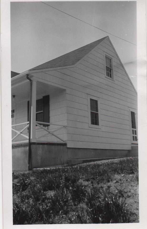 1562 ANDREW 1940 001